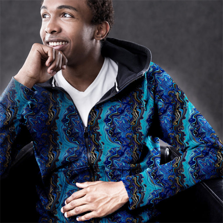 Polyester 95 Spandex 5 Fleece 240 gsm Width: +/- 145cm Fluffy on the inside Uses: hoodies and jackets, blankets